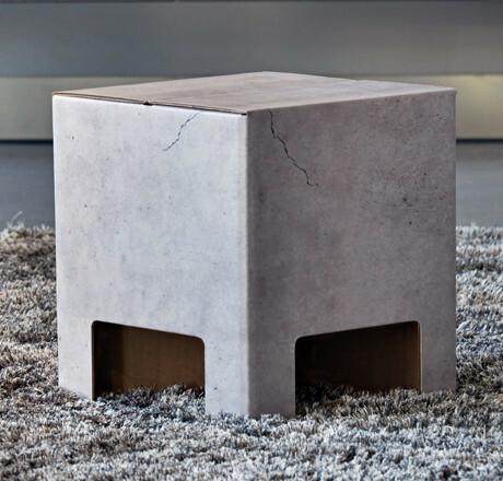 Dutch Design Chair  krukje Concrete Betonlook