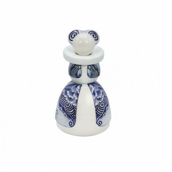 Royal Delft Proud Mary Victoria 07
